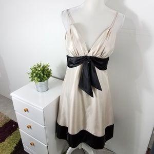 White House Black Market Black Cream Bow Dress